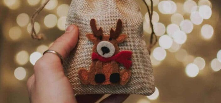 A cute and creative small gift.