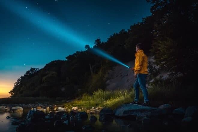 best EDC flashlights - main (1)