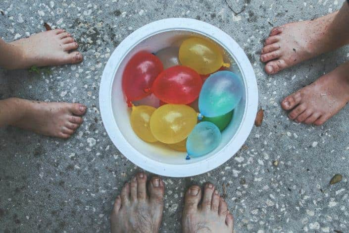 Creative Things To Do When Bored With Friends - Water Balloon Fight
