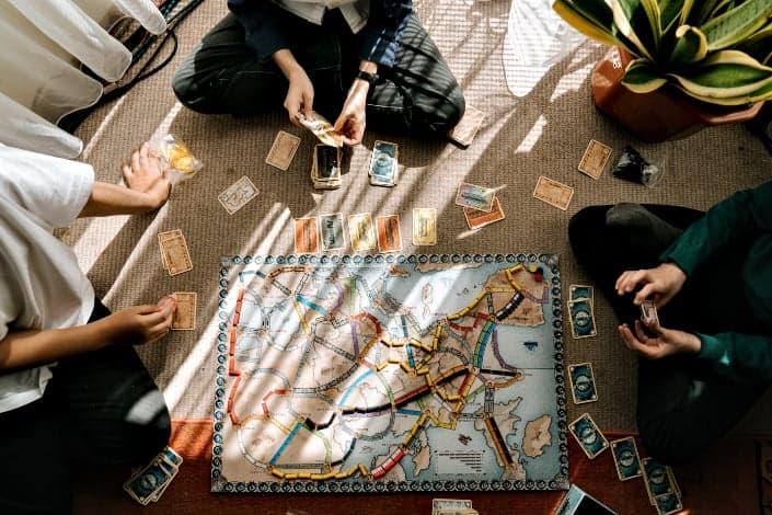 Des passe-temps qui rapportent de l'argent - Collectez. échanger et vendre des jeux rares