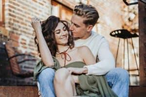Romantic Date Ideas - featured (1)