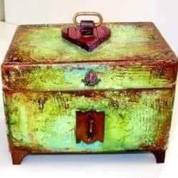 Unique Birthday Ideas for Girlfriend - wood vintage trinket box