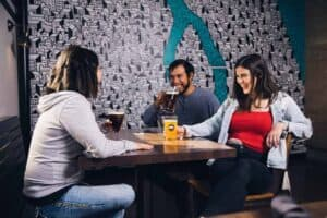 bar trivia questions - featured (1)
