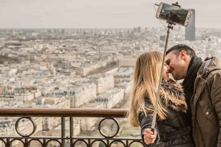 Romantic date ideas - Do a photo shoot