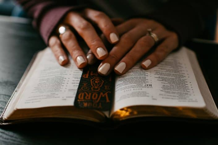 Bible trivia questions and answers - What is the shortest verse in the bible