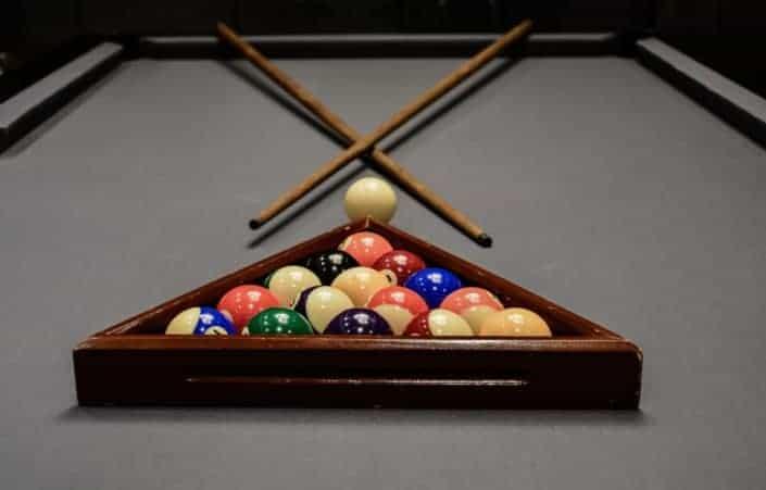 Play pool.jpg