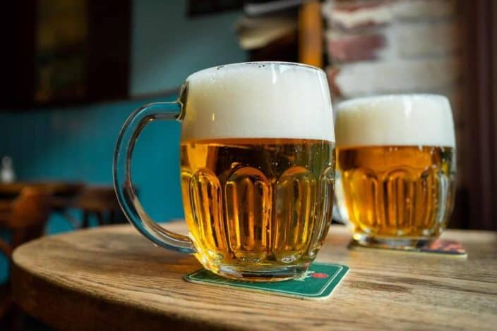 The early European beers did not contain what?.jpg