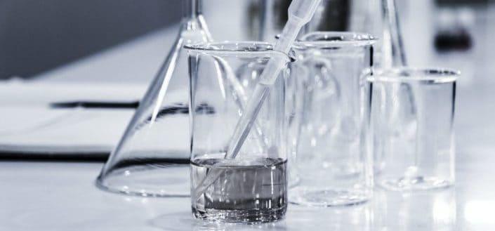 Laboratory mixing glasses