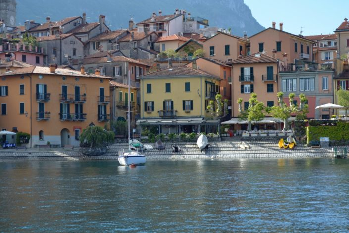 Which lake is famously referred to as the 'Jewel of the Italian Lakes'?.jpg