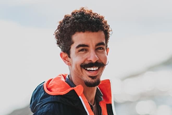 Beard Styles - man smiling brightly under daylight