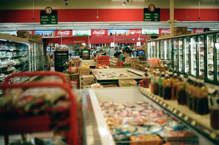a full displayed grocery story