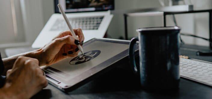 Illustrating on a tablet