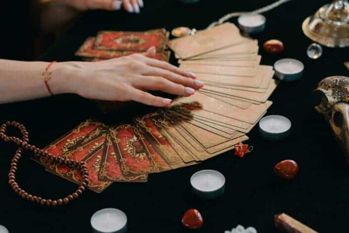 fortune telling by divination cards and crystals