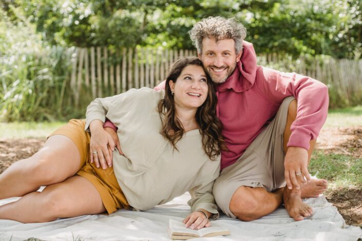 a married couple having a prenatal photoshoot